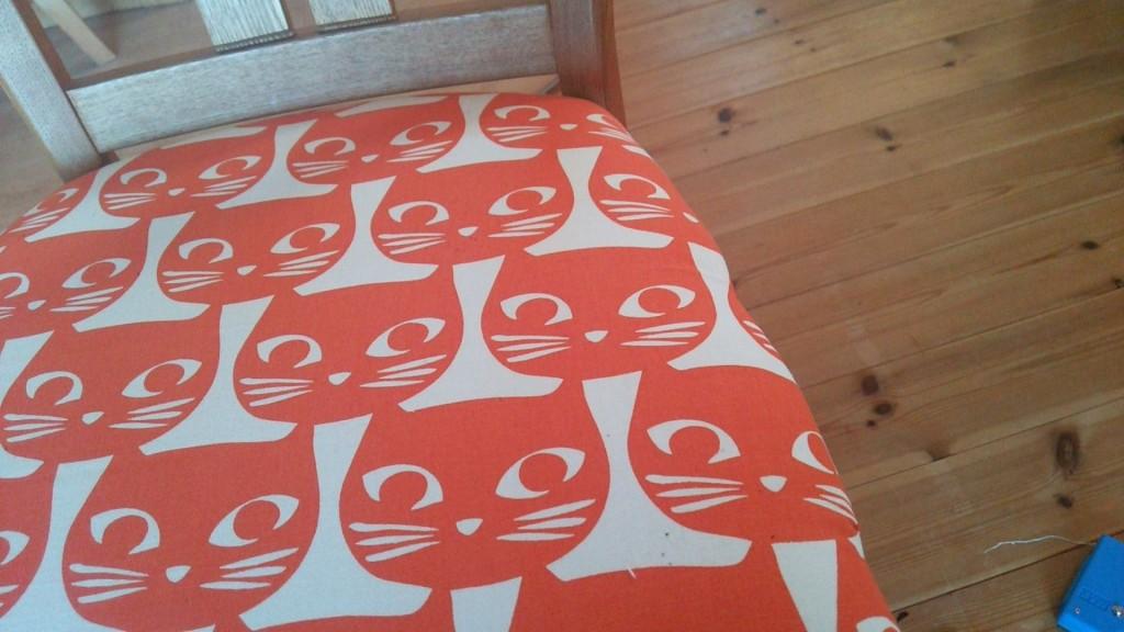 椅子_張り替え_布_IKEA_簡単